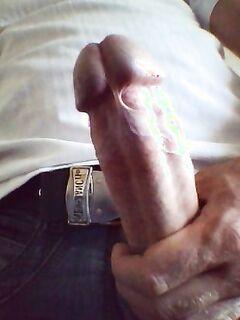 Мужики продемонстрировали стальные стержни секс фото и порно фото