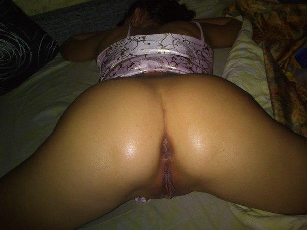 Страстные мамочки дают мужикам в большие жопы секс фото и порно фото