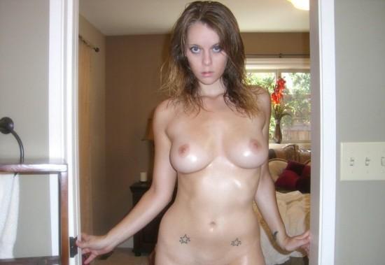 Русские девушки показывают голые тела в домашней обстановке секс фото и порно фото