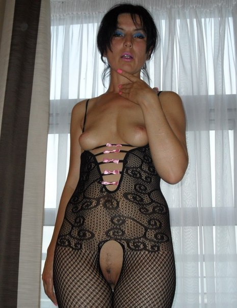 Горячие домохозяйки показывают большие сиськи и жопы секс фото и порно фото