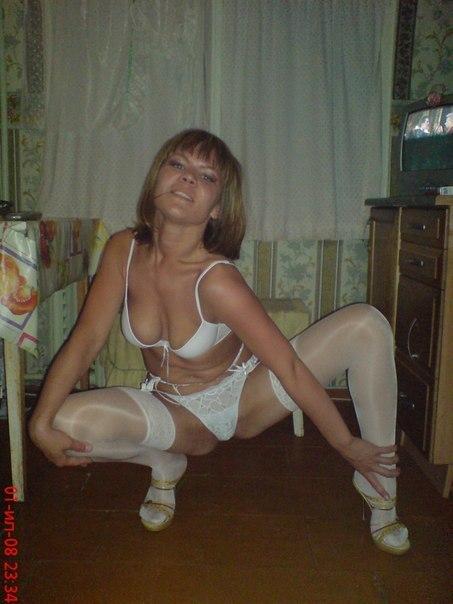 Зрелые искусительницы похвастались сочными щелками секс фото и порно фото