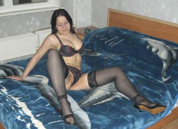 Развратницы расставили ноги и проветрили сочные пилотки секс фото и порно фото