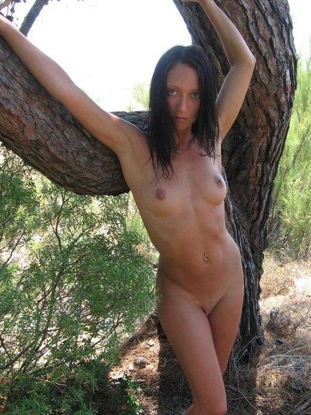 Робкие сеньориты подставляют анальные дырочки секс фото и порно фото