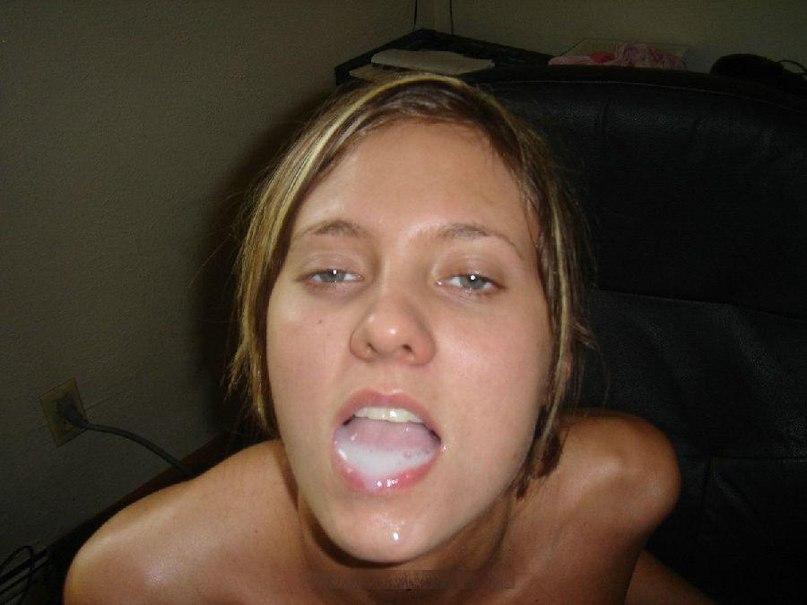 Раскованные бестии получают сперму на лицо секс фото и порно фото
