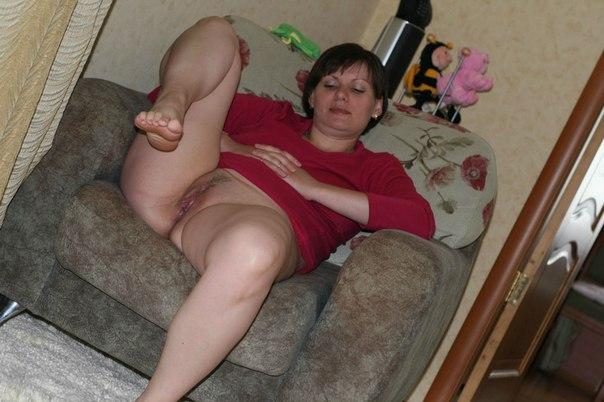 Прожженные мамаши не стесняясь раздвинули ноги секс фото и порно фото