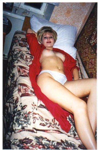 Оголенные любовницы извиваются перед партнерами секс фото и порно фото