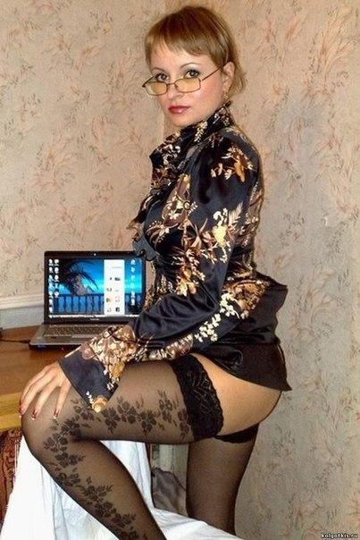 Стервы сняли нижнее белье перед трахальщиками секс фото и порно фото